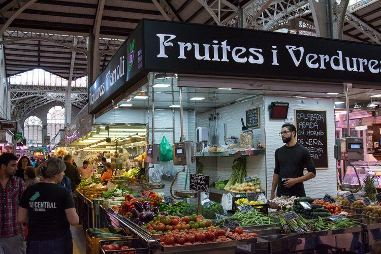 Gemüsestand im Mercado Central