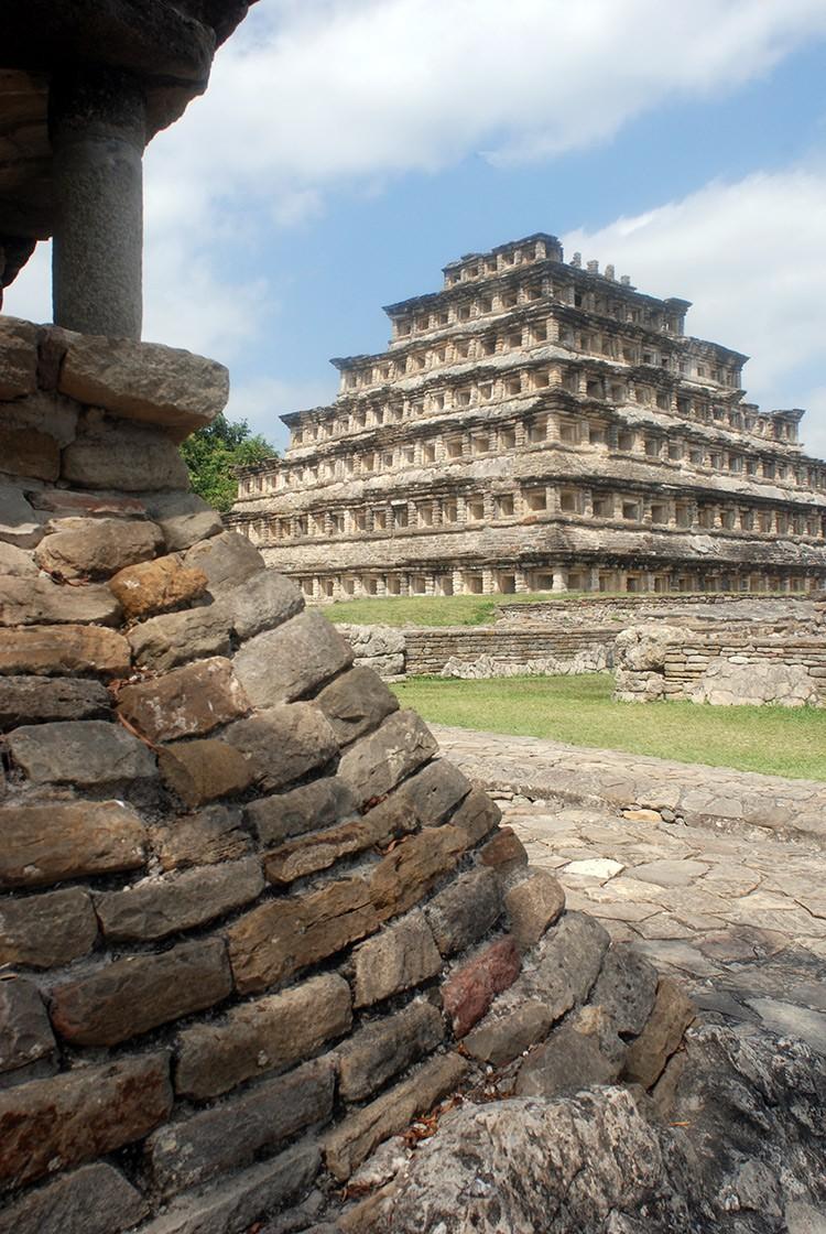 Piramide de los Nichos -die Nischenpyramiden