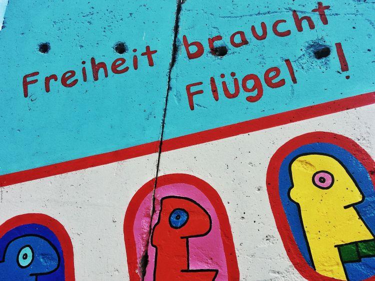 Berliner Mauer am Flughafen Tegel