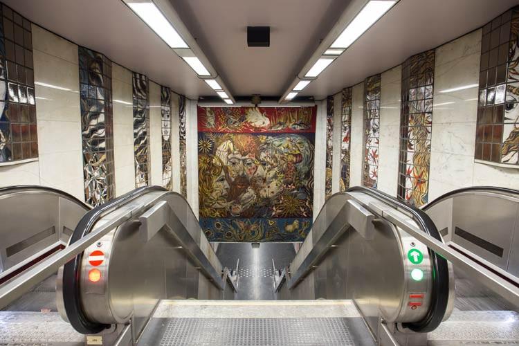 GoOnTravel.de: U-Bahn Station von Brüssel