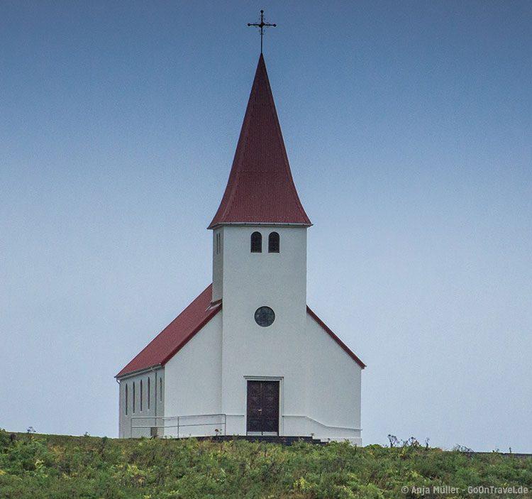 GoOnTravel.de: Die Kirche von Vik