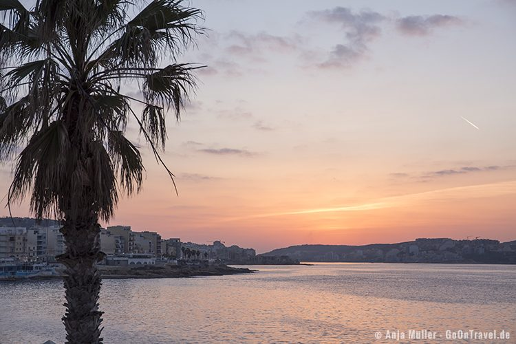 GoOnTravel.de: Sonnenuntergang in Bugibba
