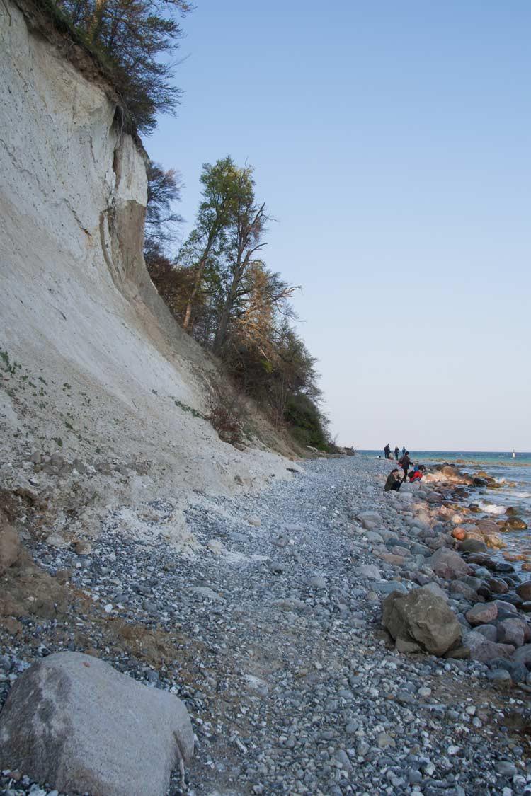 GoOnTravel Kreidefelsen auf Rügen am Strand