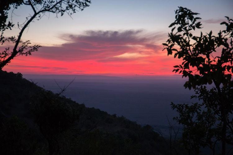 GoOnTravel.de: Sonnenaufgang in der Maasai Mara