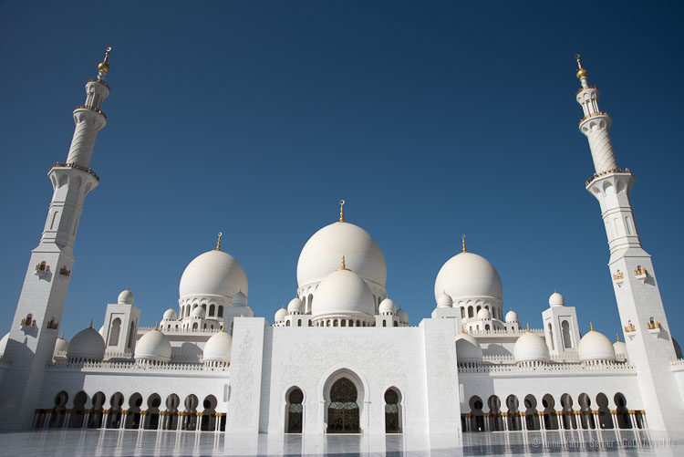Top Sehenswürdigkeit in Abu Dhabi: Scheich Zayid Moschee