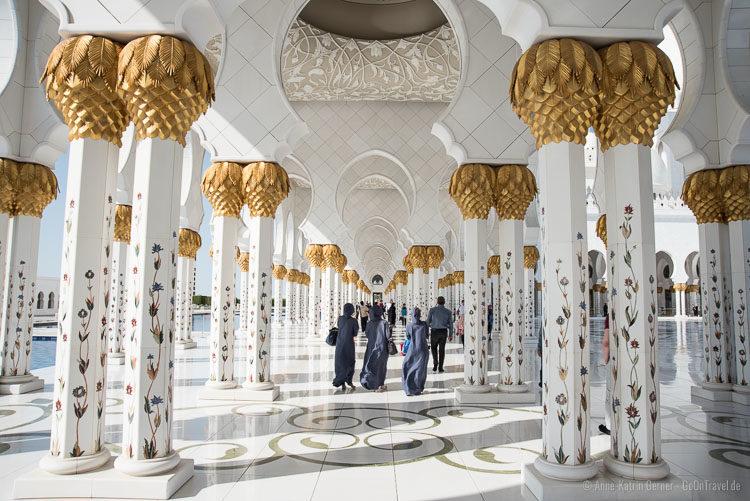 zu Besuch in der Scheich Zayid Moschee
