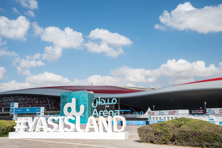 Ferrari World Abu Dhabi und du Arena