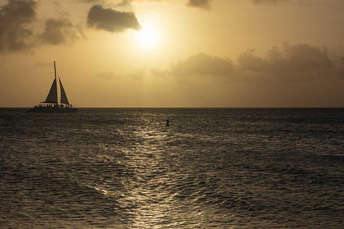 Am Eagle Beach zum Sonnenuntergang