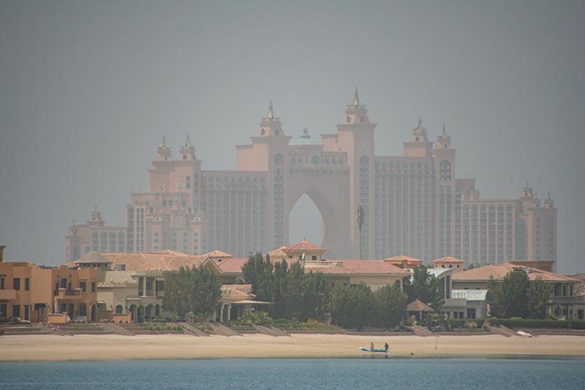 Das Atlantis The Palm aus der Ferne