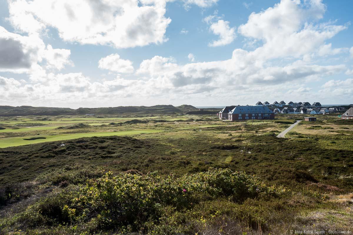 Golfplatz und Jugendherberge vom Aussichtspunkt Möwennest