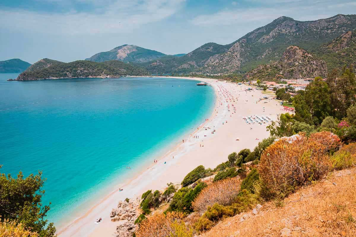Belceğiz Beach ist ein traumhafter Strand in der Türkei