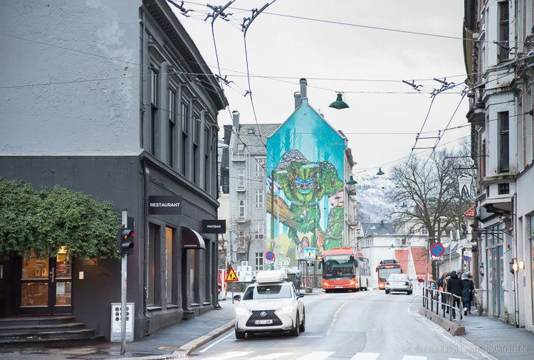 Streetart und Oberleitungsbusse in Bergen