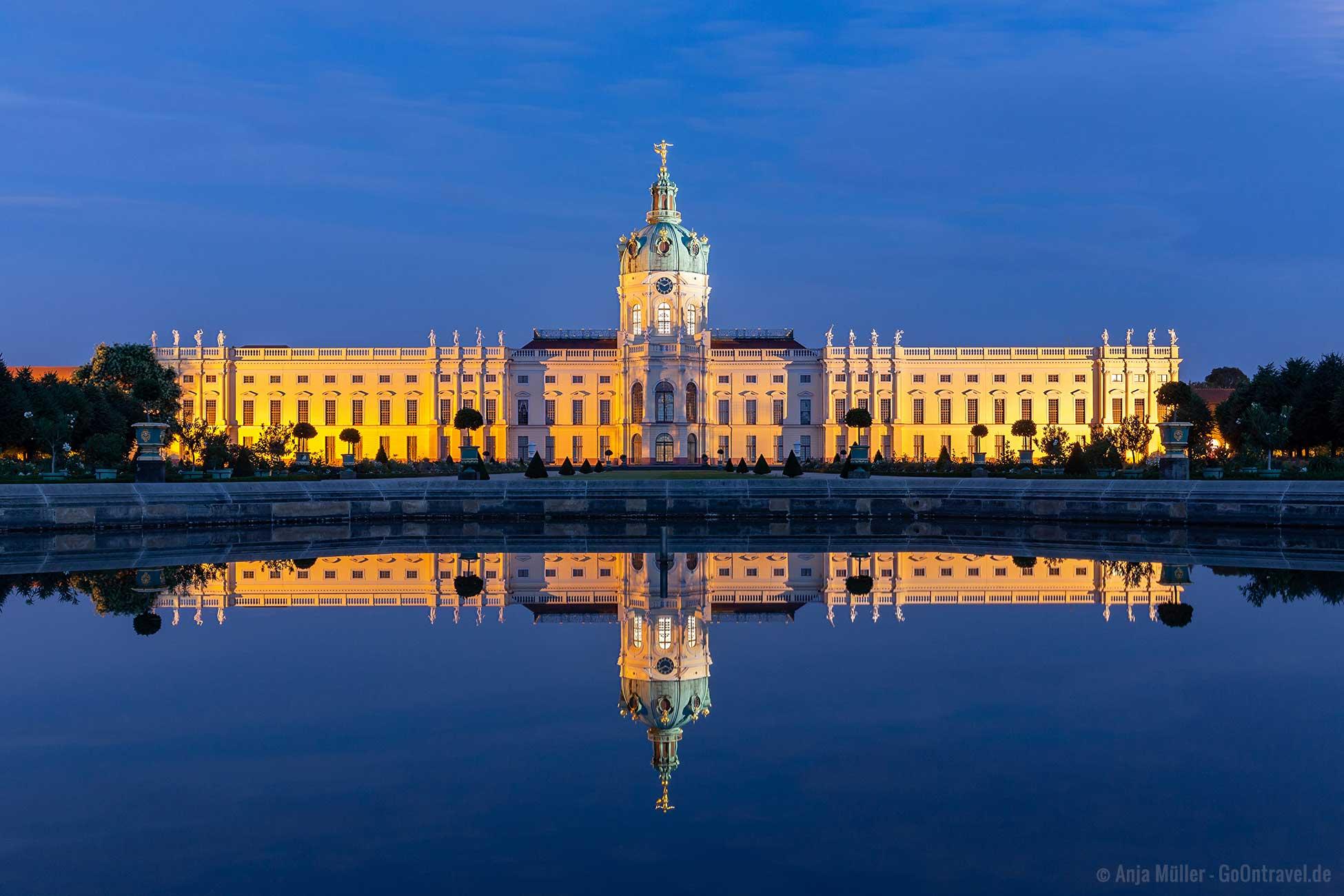 Berlin bei Nacht Schloss Charlottenburg