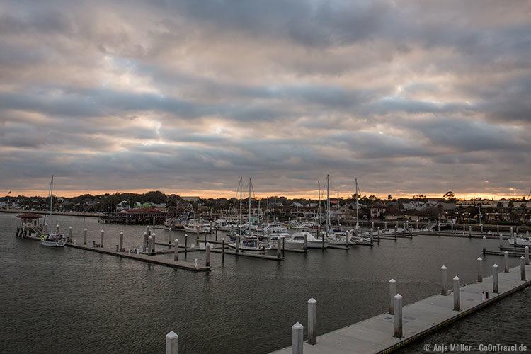 Blick von der Bridge of Lions am Abend auf St. Augustine