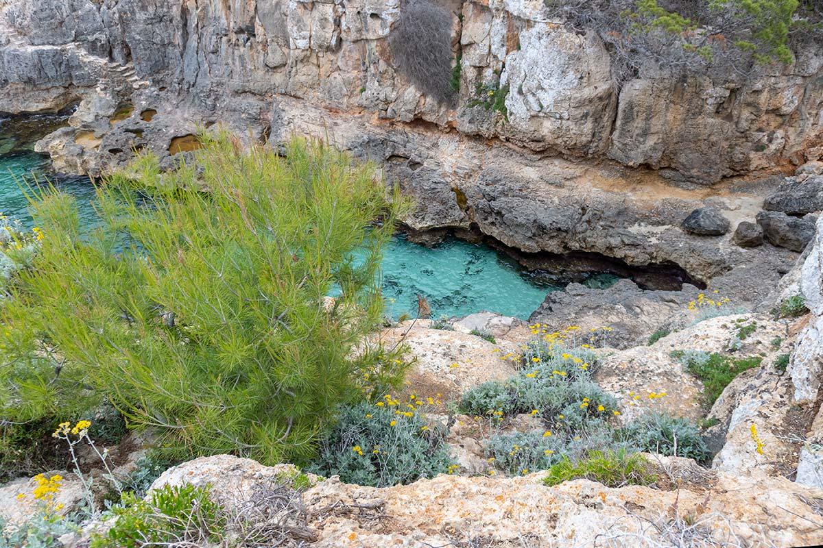 Auf Mallorca gibt es viele wunderschöne versteckte Buchten