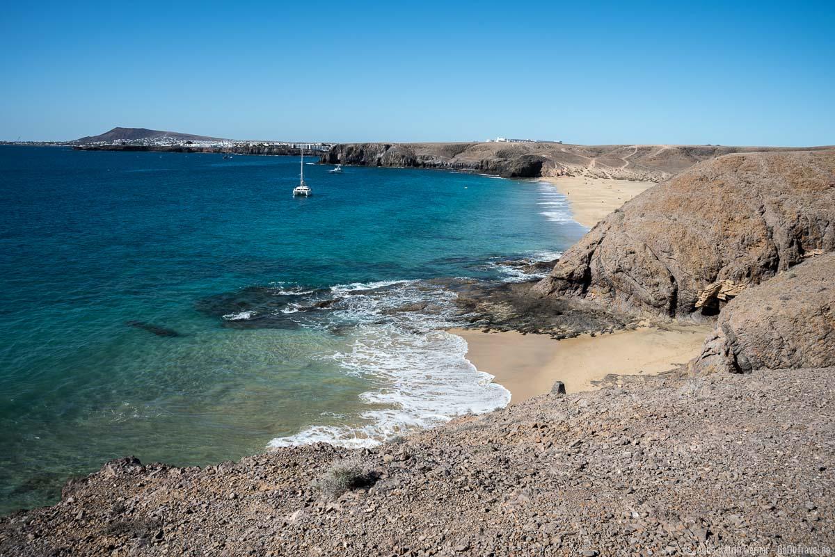 Playa del Pozo gehört zu den beliebten Papagayo Stränden