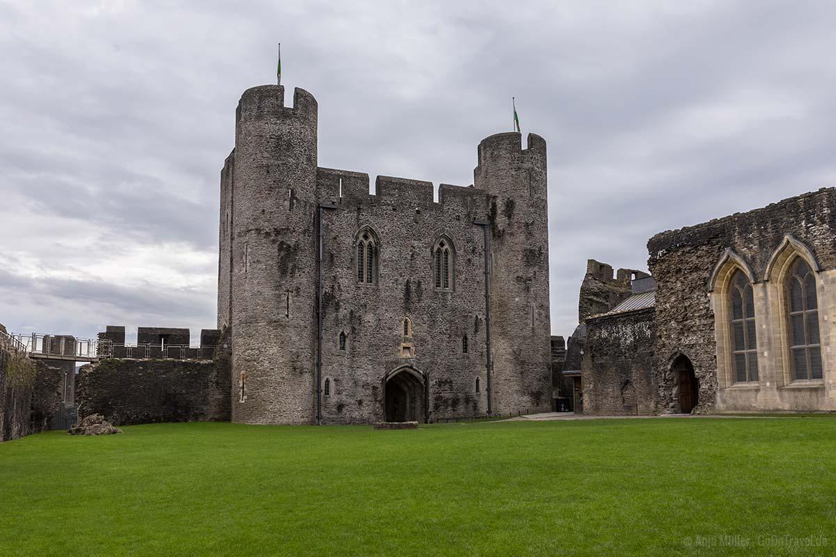 Innenhof vom Caerphilly Castle