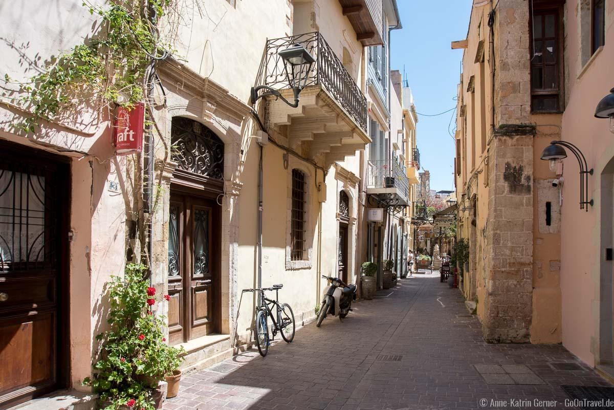 schmale Gassen in der Altstadt von Chania