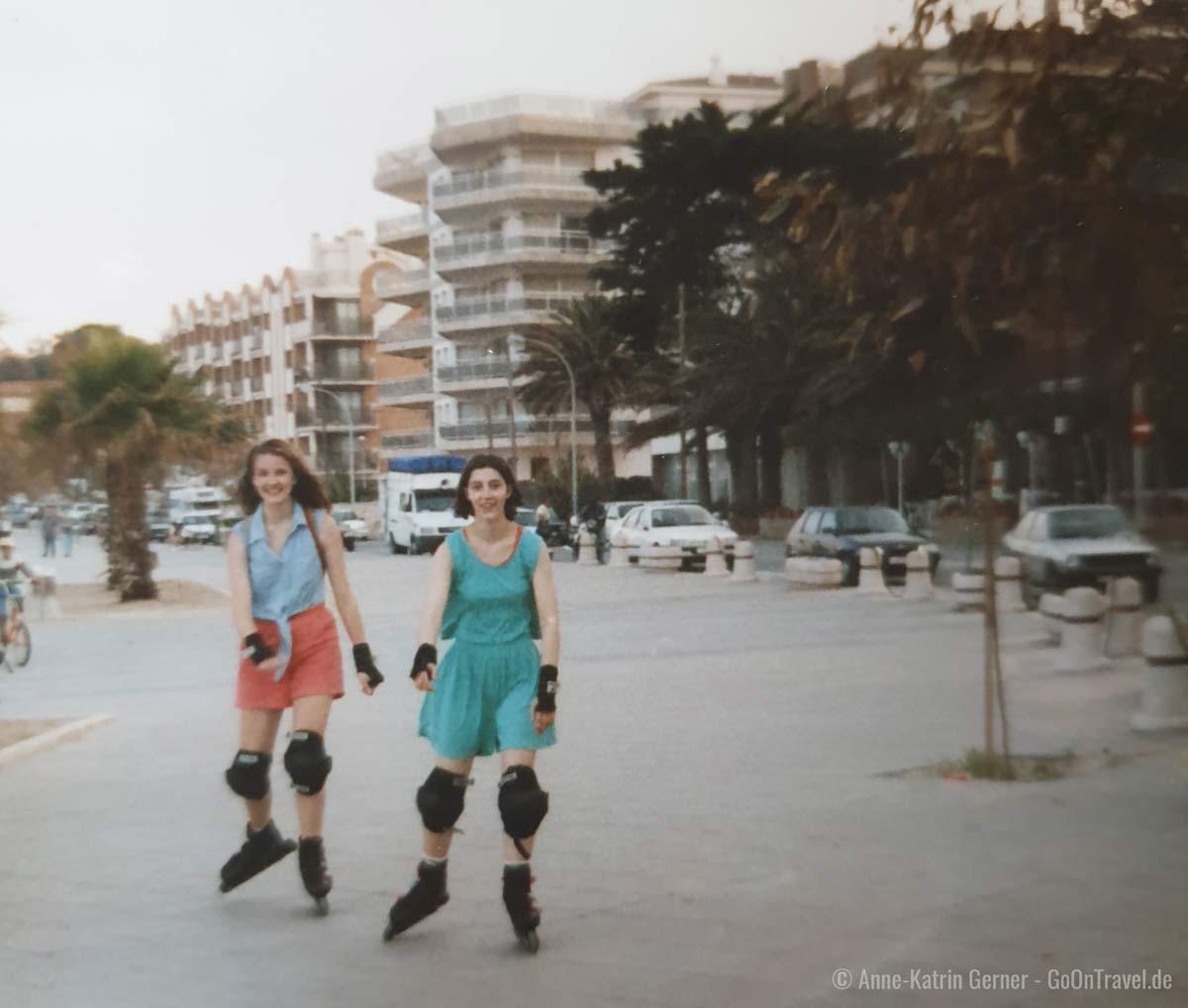 Inline skaten auf der Strandpromenade von Torredembarra