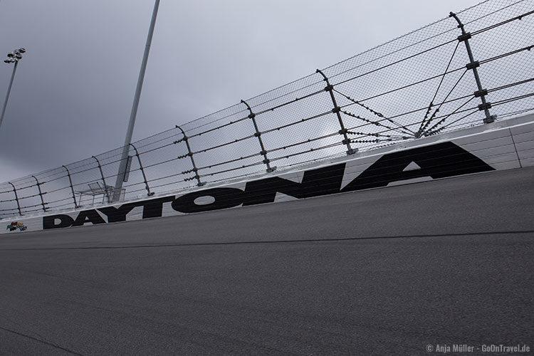Auf der Strecke des Daytona International Speedway
