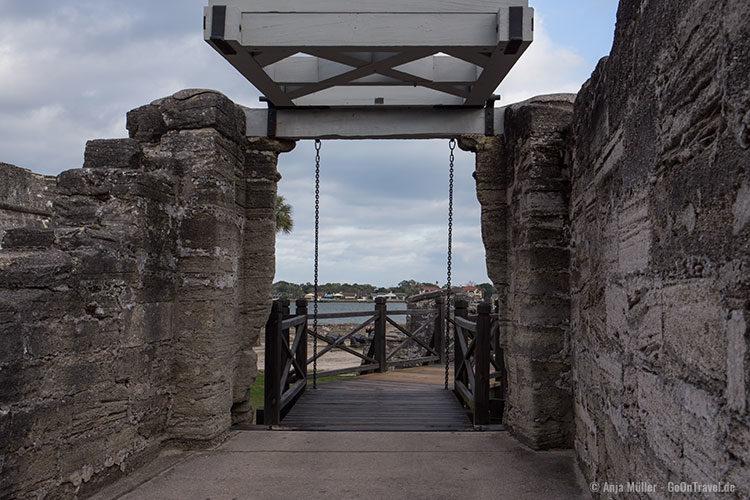 Der Eingang zur Festung Castillo de San Marcos