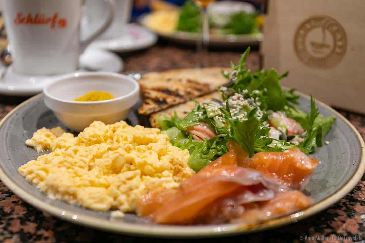 Frühstück im Reval Café von Tallinn
