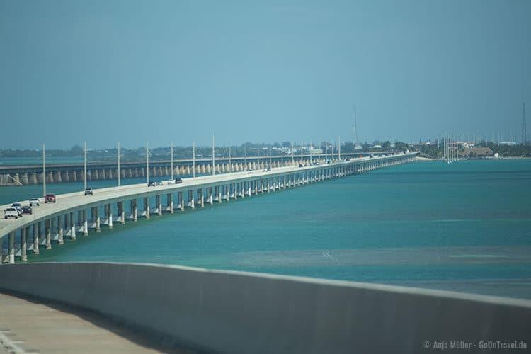 Eine von vielen Brücken, die die Florida Keys miteinander verbindet.