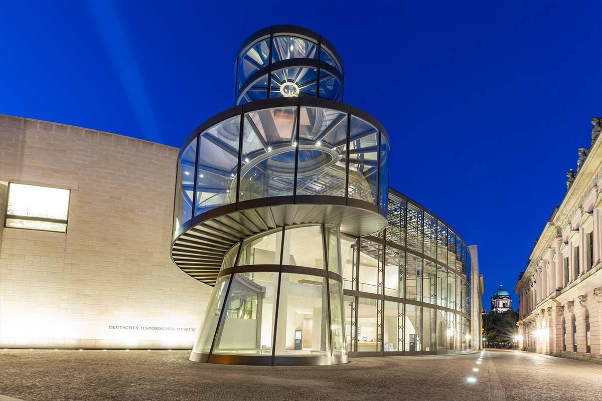Schönes Fotomotiv am Abend, das Deutsche Historische Museum