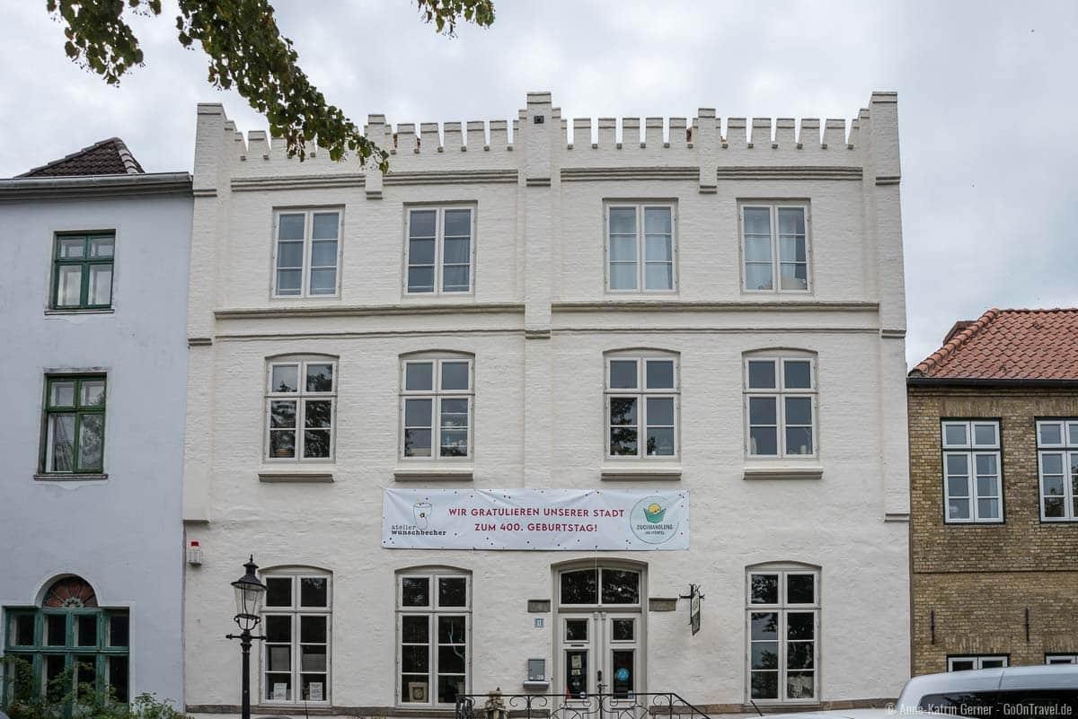 Das Fünf-Giebel-Haus ist eines der ältesten Häuser in Friedrichstadt