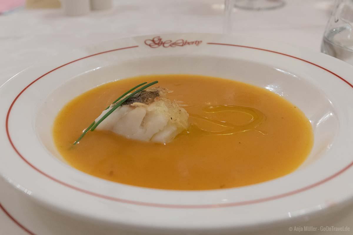köstliche Karotten-Ingwersuppe im Hotel Liberty in Riva del Garda