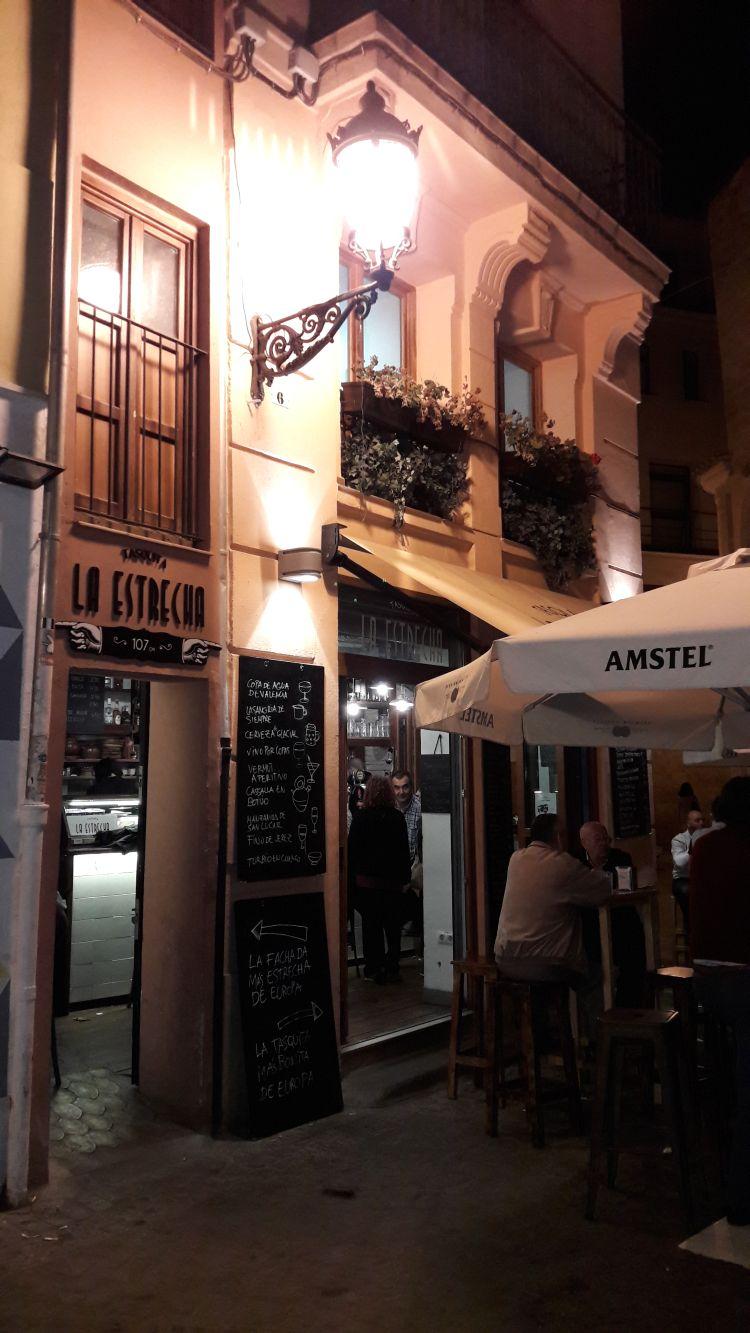 Einkehren in der Tasquita La Estrecha