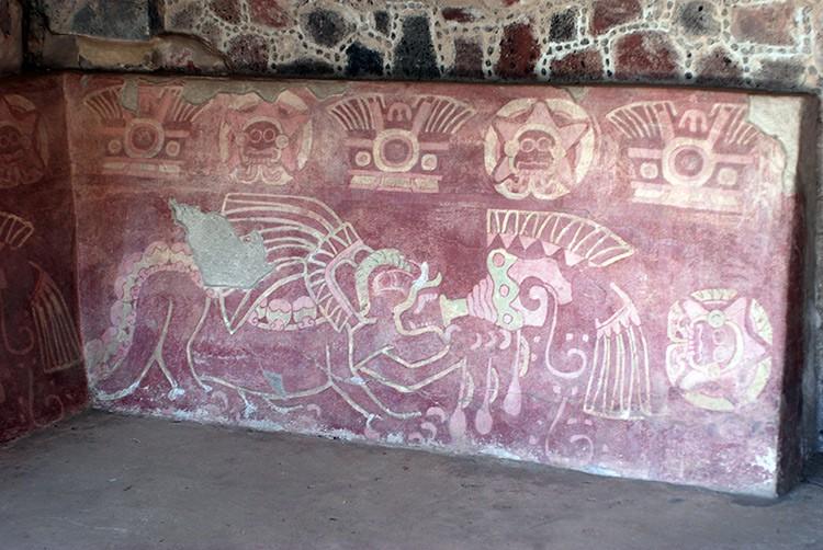 im Tempel der mytologischen Tiere