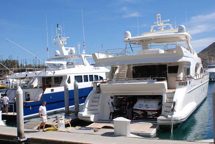 im Hafen von Cabo San Lucas