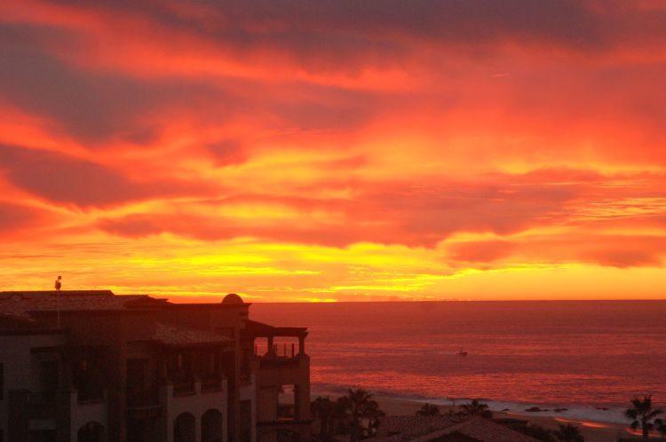 Sonnenaufgang über Cabo San Lucas