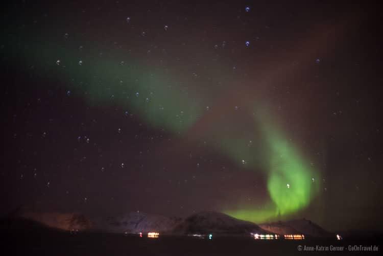Polarlichter über Skjervøy in Nordnorwegen