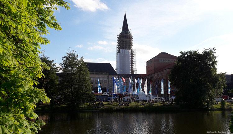 Eröffnung Kieler Woche am Rathaus