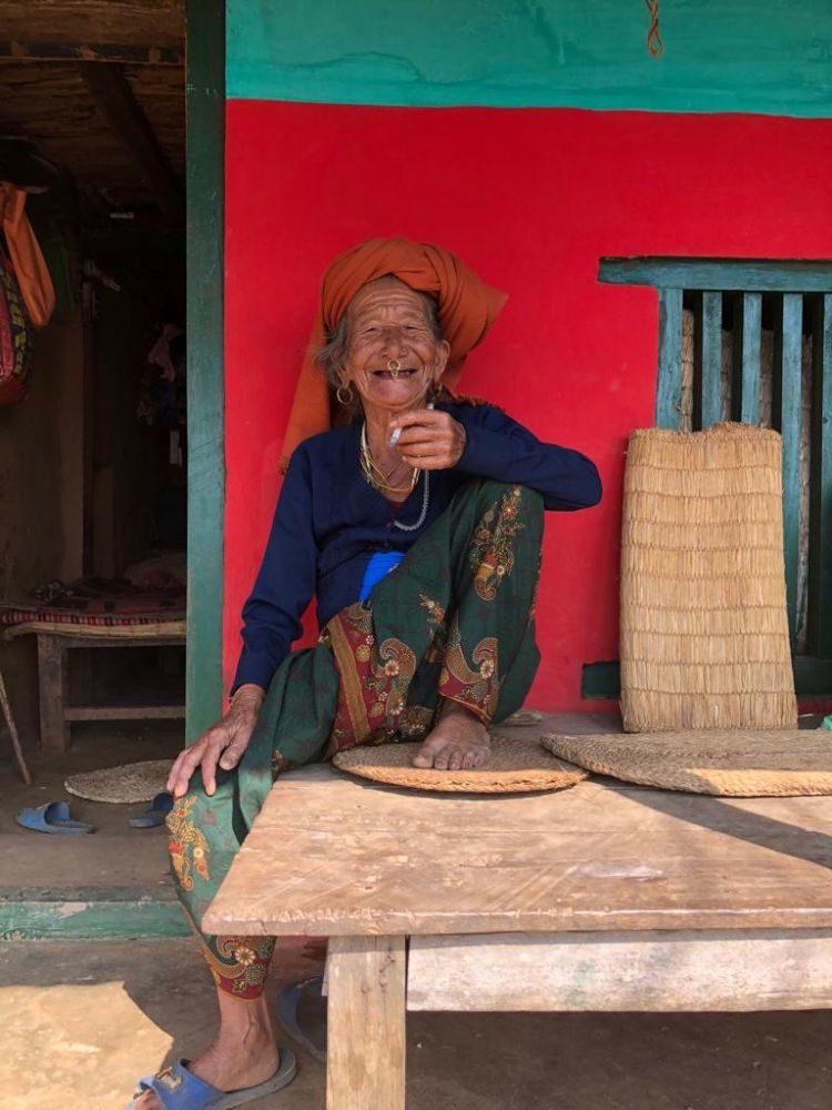 Luisa Nowak: fröhliche Nepalesin