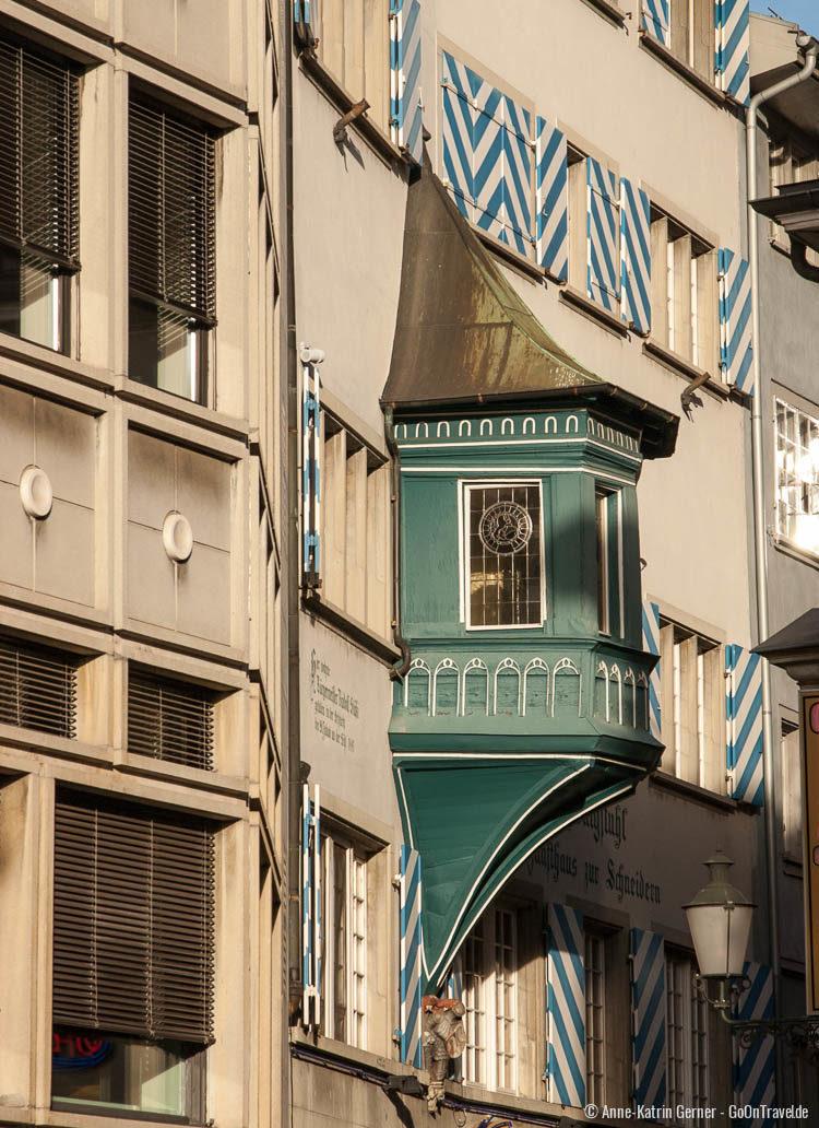 """wunderschöne architektonische Details in den """"Dörfli"""" Gassen"""