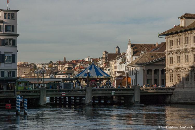Rathausbrücke im späten Nachmittagslicht
