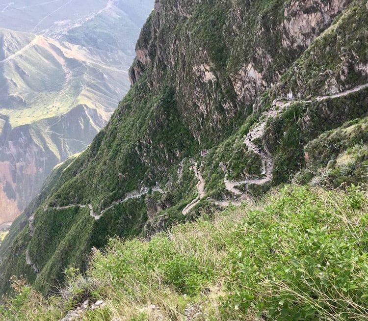 Foto: Maria Kryschak - Wanderweg in den Anden um Arequipa