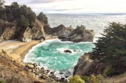 Entlang der Küste im Big Sur von Kalifornien