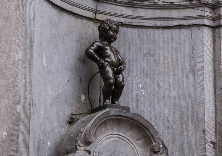 Das Manneken-Pis in Brüssel ist gerade mal 60 cm groß