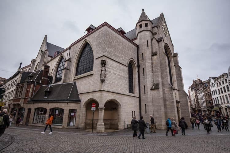 Die St-Nikolaus-Kirche in Brüssel