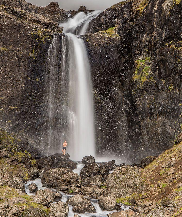 Dusche gefällig? Warum dieser Wasserfall noch keinen Namen hat, weiß ich leider nicht!