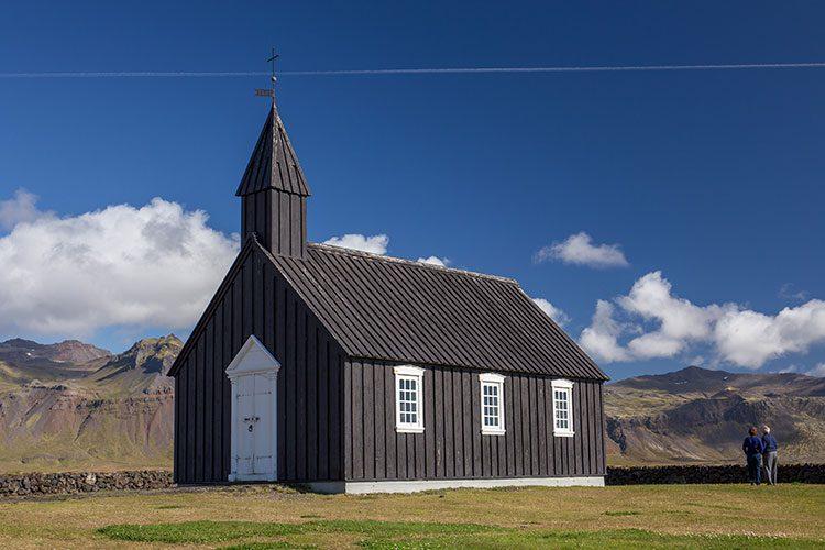Die Kirche in Budir auf der Halbinsel Snæfellsnes