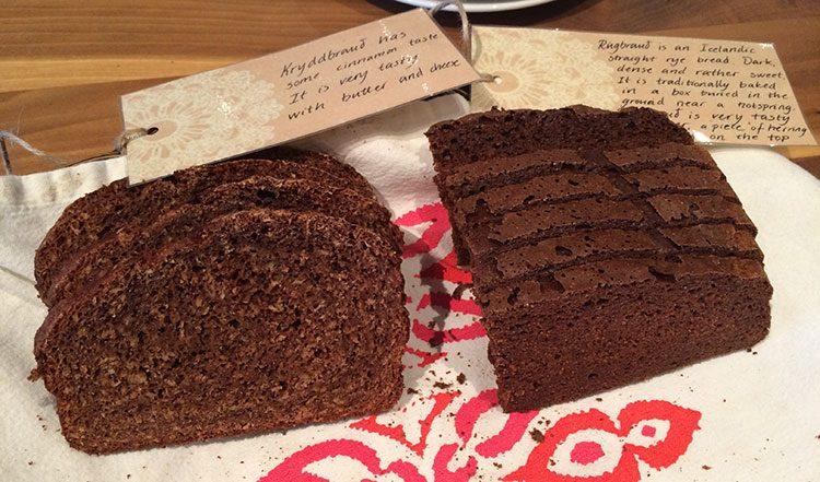 Isländisches Brot schmeckt süßlich und enthält oft Zimt.
