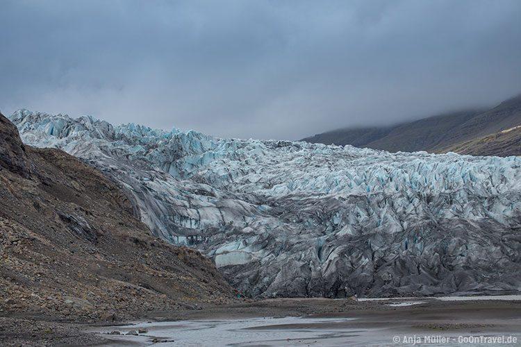 Blick auf die Gletscherzunge Flaajökull