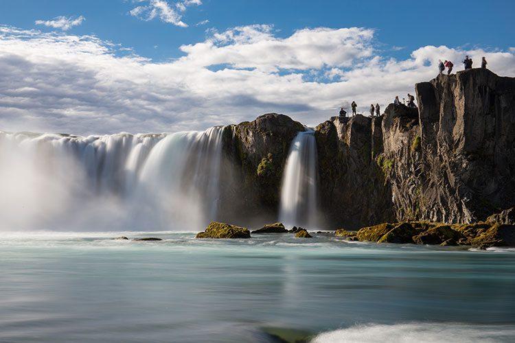 Der Goðafoss vom Wasser aus