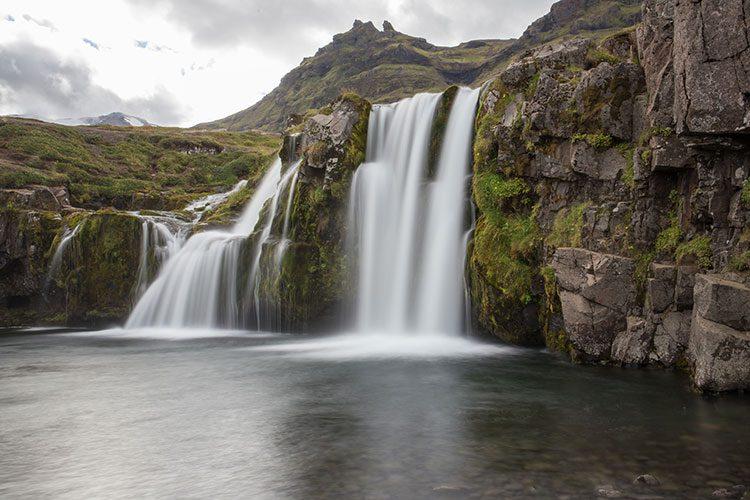 Der Kirkjufellsfoss im Norden der Halbinsel Snæfellsnes