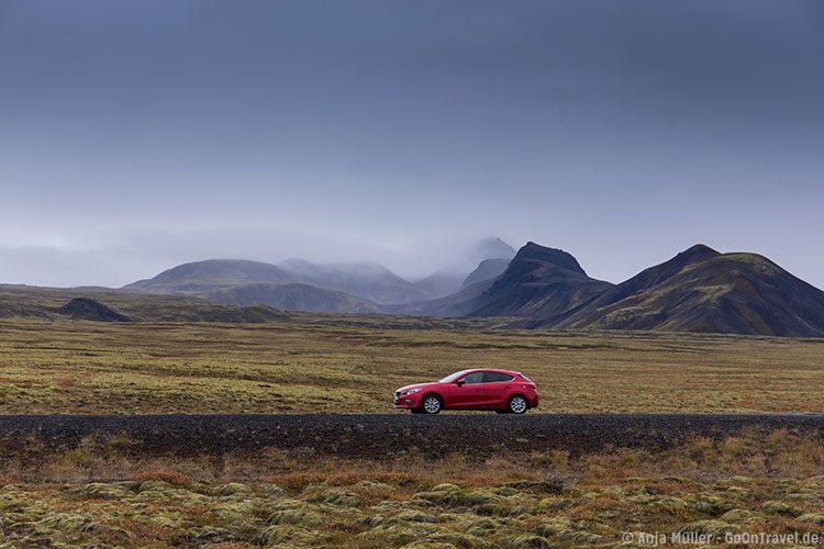 Buche deinen Mietwagen fühzeitig für deine Island Reise